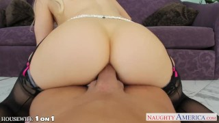 Beauty blonde housewife Ashley Fires take cock in POV - VideosXXXBook