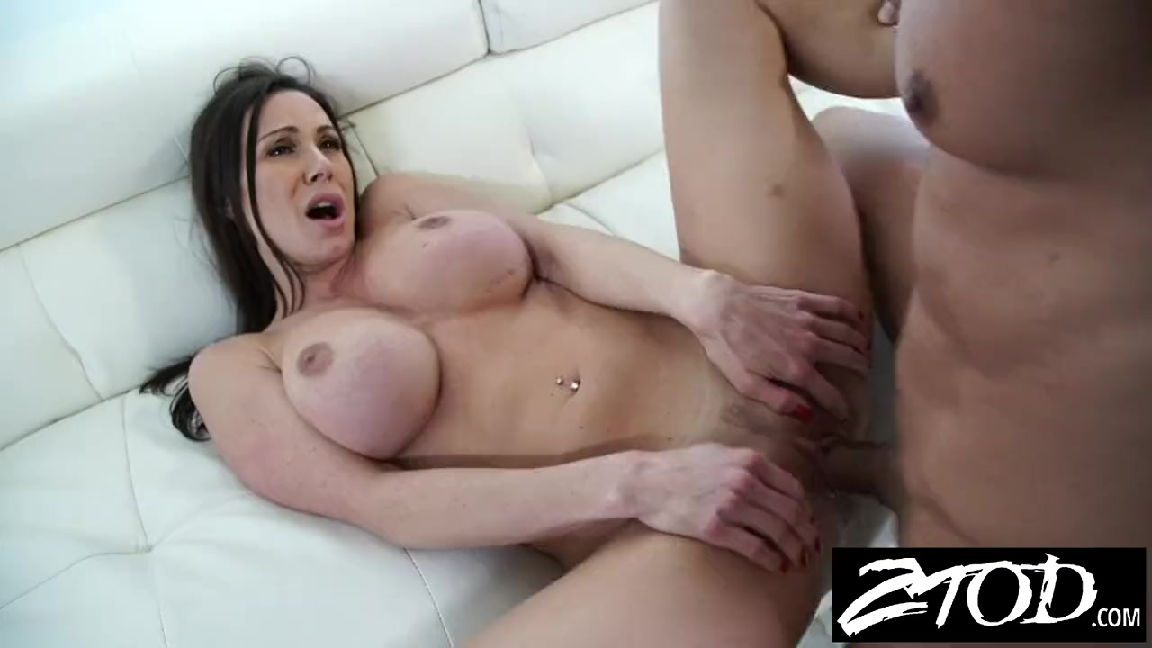 Hitchhiking dude gets lucky with lily labeau in her apartment 2