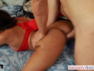 Brunette cutie Luna Star taking cock
