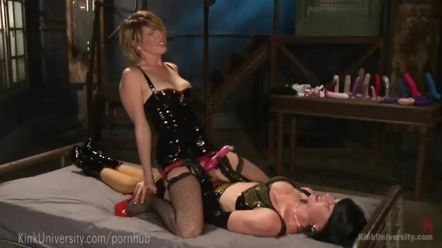Sex rechniques The best strap-on sex techniques
