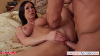 Chesty mom Kendra Lust gets facial Bang babe
