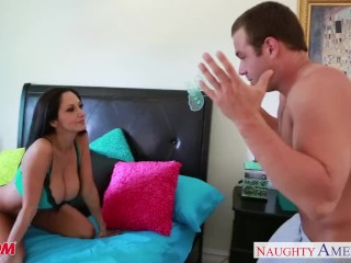 Chesty mom Ava Addams take penis
