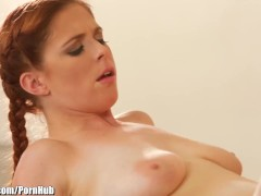 Girlsway Step-Mom Teaches Daughter Tribbing