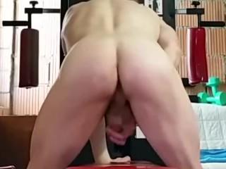 Naked bodybuilder's sexy ass & hot butt !!!