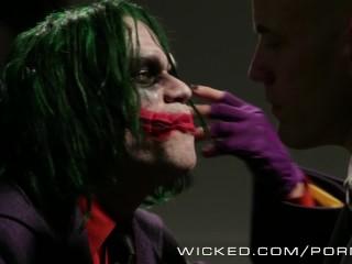 Wicked – Lex fucks supergirl