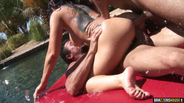 Tommy lee video xxx Brazzers house - live orgy finale - brazzers