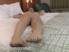 Kayla West Juggles Her Titties