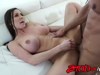 Two Girls Fucking In Bed ZTOD - Kendra Lust loves to feel a huge cock