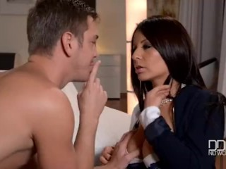 Preview 2 of Fiery Latina Milf gets Double Penetrated!