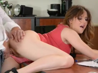 Amateur Facesitting Porn Britsh bad girl Samantha Bentley gets stuffed hard in a casting