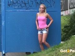 Got2Pee – Peeing Women Compilation 004