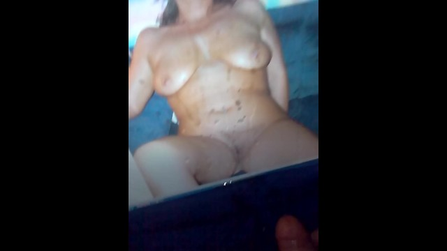 Nude pic of cross hits web Boy cum on his naughty aunt..ive found her nude pic which made me cum a lot