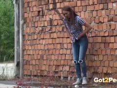 Got2Pee – Peeing Women Compilation 005