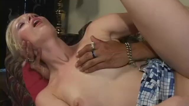 Pictures of vintage drums - Xtreme milf 1 - scene 2