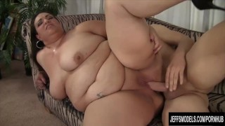 Hot Mexican plumper gets her pussy hammered