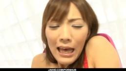 Nagisa Aiba gets horny guy to stimulate her pussy