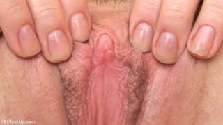 First Time Amateur Showing her Sensitive Clit Fapping webcam