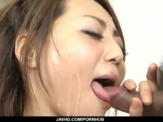 Facial to endYuu Shiraishis filthy oral show