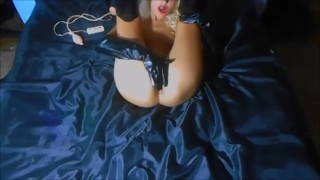 Girl in latex gets multi orgasms