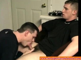 Amateur dilf tasting straight hunks jizz after bj