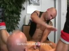 Fistfuck Me Skinhead