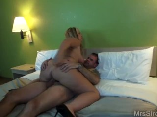 Preview 3 of Wife Double Penetration