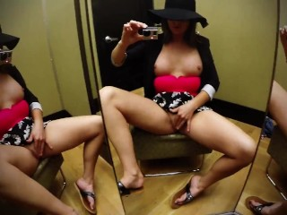 Amateurporn Vid Sexy Squirter Soaks Public Changing Room