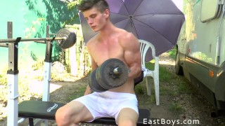 Outdoor Workout Flexing