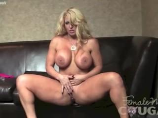 Bingham Naked Pic Traci Fucking, AlurA Jenson Plays With Her Wet Pussy Big Tits Masturbation MILF Po
