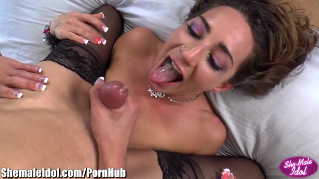 venus lux and girl