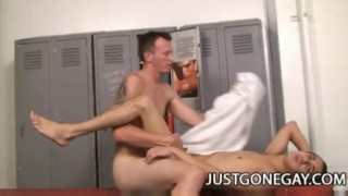 Derrick Paul and Kit Deschanel: Dilf On Twink Locker Room Sex Missionary undressing