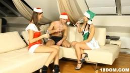 Christmas threesome with 2 femdom teens