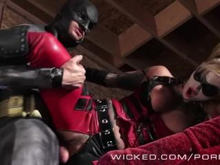 Wicked – Batman fucks Kleio Valentien as Harley Quinn