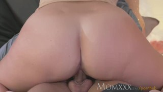 Sucks stud her and fucks milf dry stunning younger mom female massage
