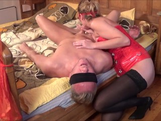 Britiney Spears Naked Pussy Domina Kate Truu Squirting On Her Slave Face. BDSM Session part 1