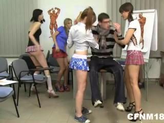 Besplatno lezbijsko mučenje