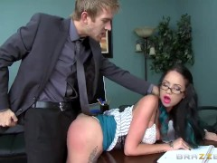Brazzers – Hot Secretary Raven Bay gets pounded