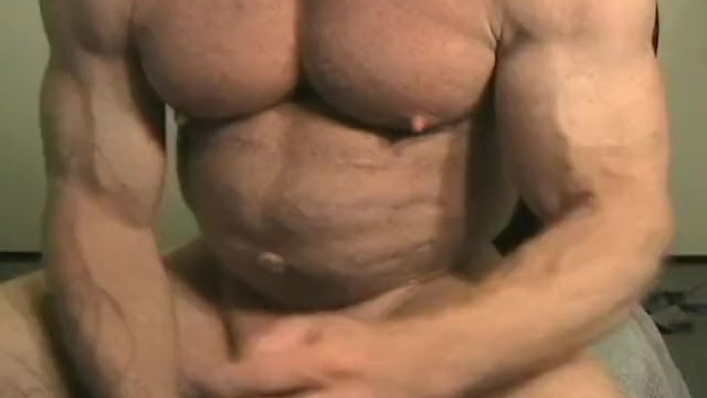 Free live streaming gay porn - The incredible mr. tom lord - muscle worship session at jockmenlive.com