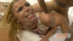 Alina West viene brutalizzata analmente all' HookupHotshot