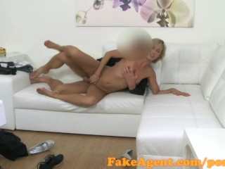 Out Of Control Orgasm Fakeagent Shy Waitress Is Looking To Become A Model, Amateur Blowjob Reality
