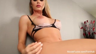 Pussy eating with Nicole Aniston and Chad White