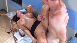Hot doctor Jessica Jaymes milks cock  - Brazzers