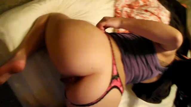 SEXY ROOMMATE LETS ME FUCK HER FROM BEHIND AND GIVE HER 2 WET CREAMPIES!!!