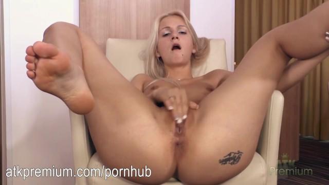 Atk pussy tit Ashley love masturbating her sexy wet pussy