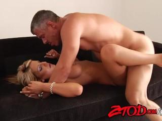 Blonde swimsuit model loves big fat cocks