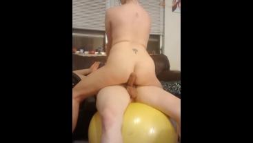 Lap dance sexercise