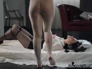 Lesbian sex video download 3gp