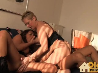 Wife Comes Home With Cum In Her Panties Fucking, Schwanzgeile Weiber Big Tits MILF Threesome German