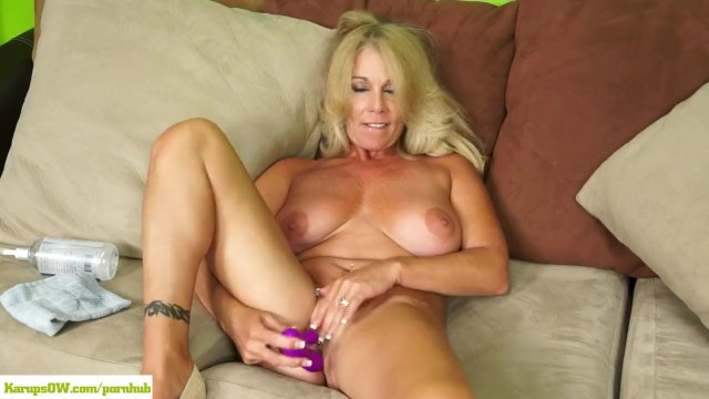Mature women and older men Crystal taylor dildos older pussy