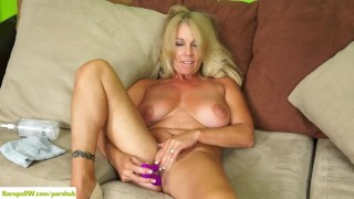 Crystal Taylor Dildos Older Pussy